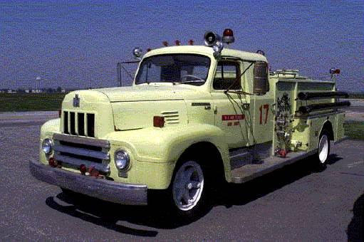 1954_International_750_GPM_Pumper-Dover.jpg