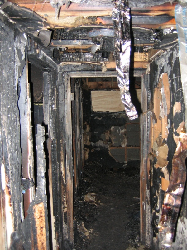 Hood-Hall_to_fire_room.jpg