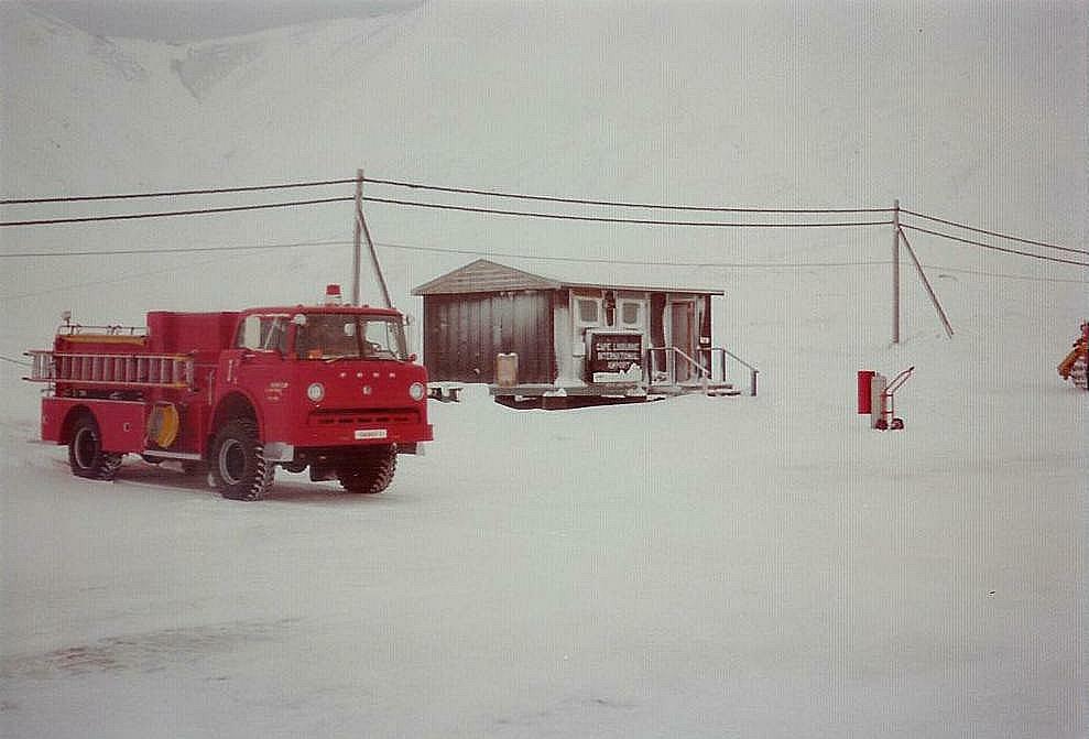 Cape_Lisburne_AFS_Ak_1977.jpg